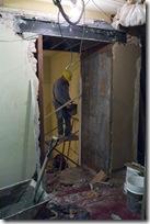 Arreglos en Sala y Palcos 2008 001  muro historico roto por master plan