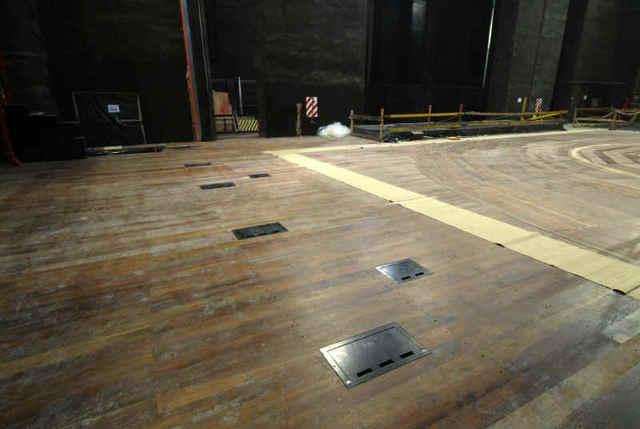 El noticialista regalar el piso del teatro col n es un - Que es un piso vinilico ...