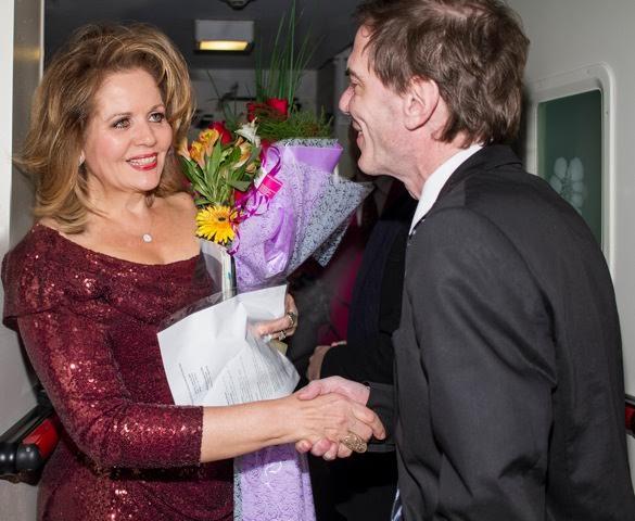 Darío Lopérfido, y la soprano Renée Fleming